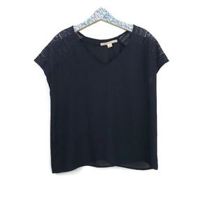 41 Hawthorn navy blue blouse with lace size large